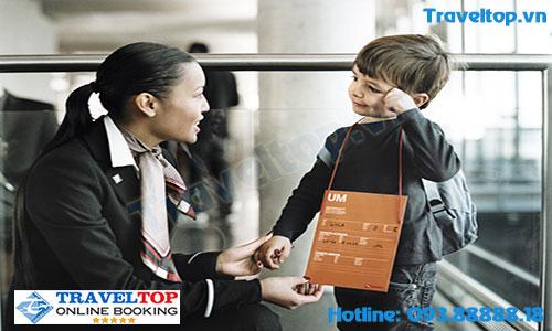 Trẻ em đi máy bay có được giảm giá không