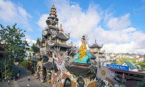 du lịch chùa linh phước